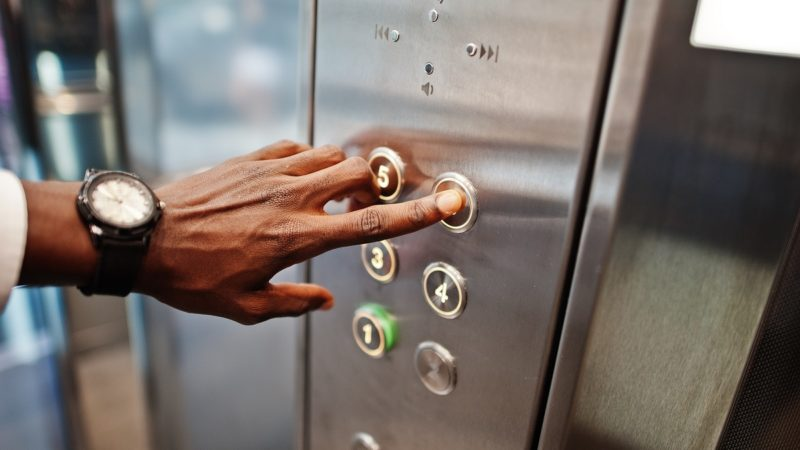 Sicurezza ascensori: come è cambiata la normativa nel corso degli anni